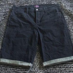 NYDJ cuffed Bermuda shorts size 12